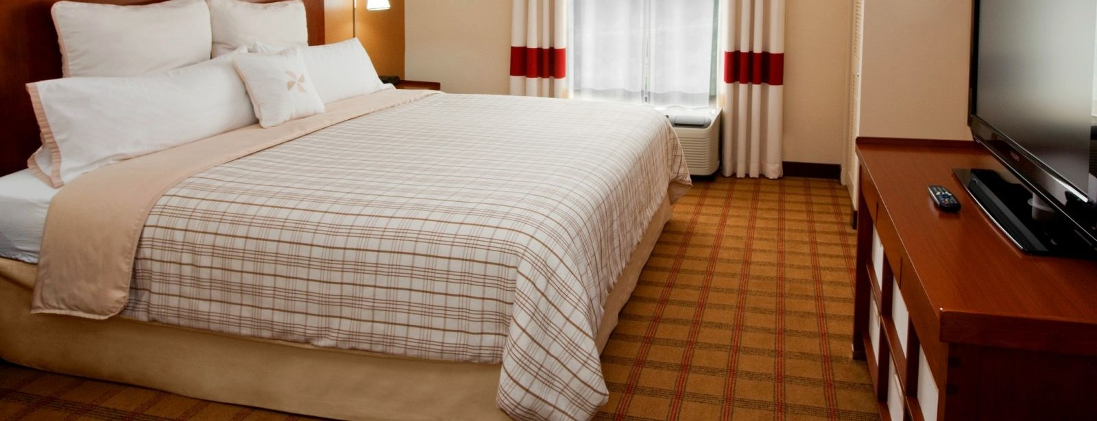 Charlotte Accommodations - King Guest Room